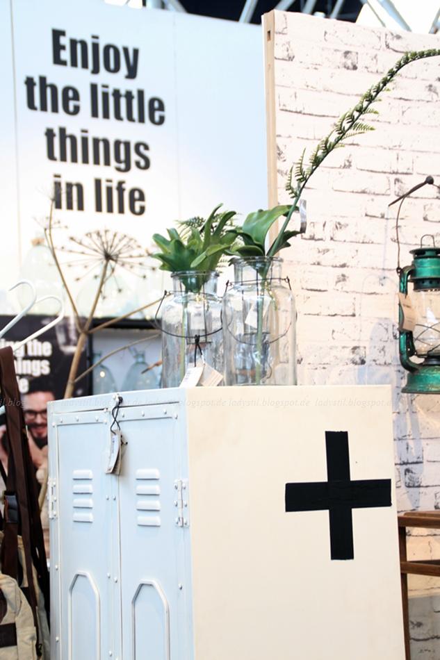New Routz Stahlschränke weiß auf der Messe Woonbeurs Amsterdam