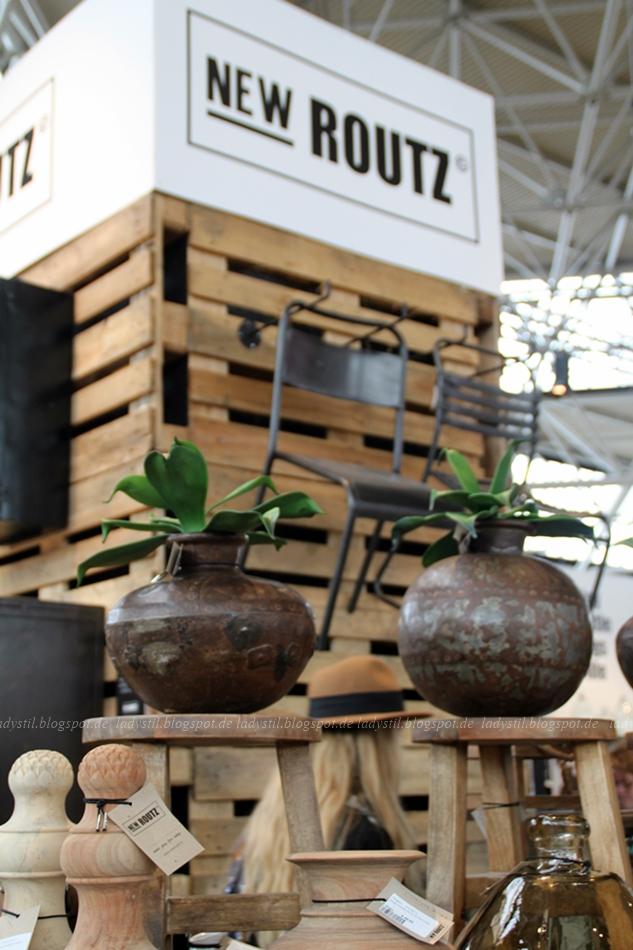 New Routz Holzaccessoires Inetrior aus Holz Tonkrüge auf der Messe Amsterdam