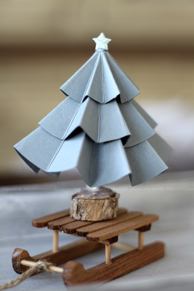 DIY Tannenbaum, DIY Weihnachtsbaum, selbermachen, Pappe