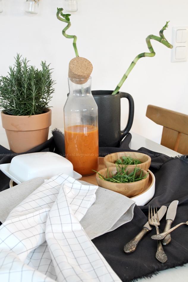 Ikea Healthy Living, Ketchup selber machen, Kräuter länger haltbar machen, Grillsaison, Gag für jede Grillparty, gesünder leben, gedeckter Tisch,