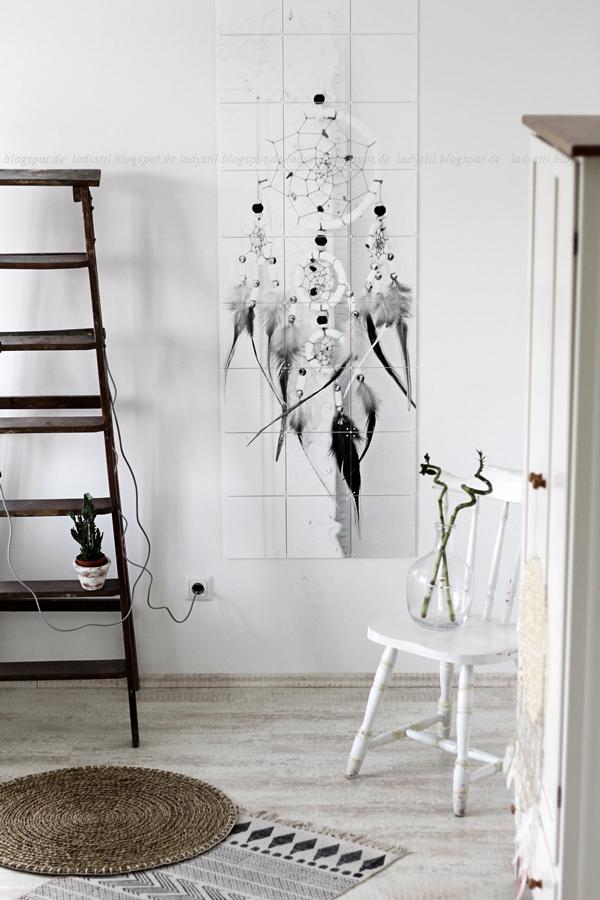 Wanddekoration mit IXXIdesign, originelle Bilder zum Selbergestalten, Schlafzimmer einrichten mit stylischen Fotos für die Wand, Traumfänger, House Doctor Teppich und Ikea runder Vorleger