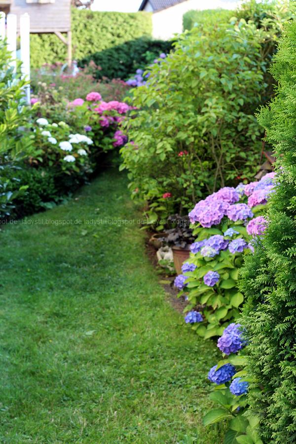 Der Lamzac von Fatboy mein Sommerhighlight 2016, Luftsofa zum Mitnehmen,Hortensien im Garten