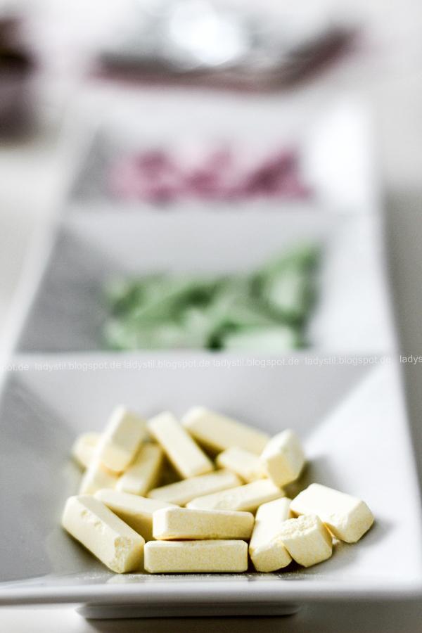 Wellness für Zuhause oder eine Mädels-Party im Spa-Tempel, selbstgemachter Lippenbalm und DIY Zitronen-Peeling, Wellenss-Party-Food