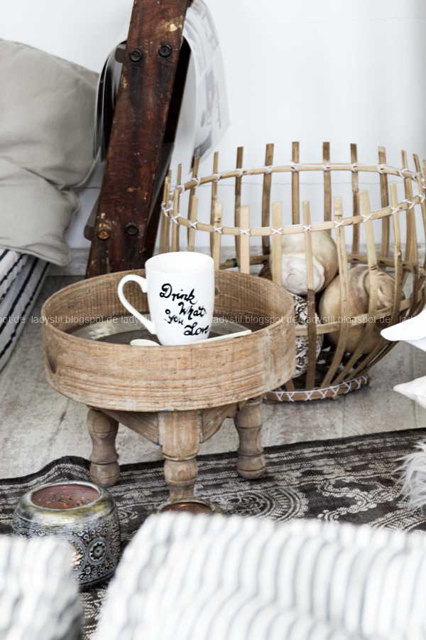 DIY pimp your pillow Bohostyle, Dreamcatcher, Wallsticker Boho, So schnell entsteht eine Indoor-Chill-Area, mit dickem Motive mit dickem Baumwollgarn auf Kissen nähen, selbstbemalte Tasse mit Lettering