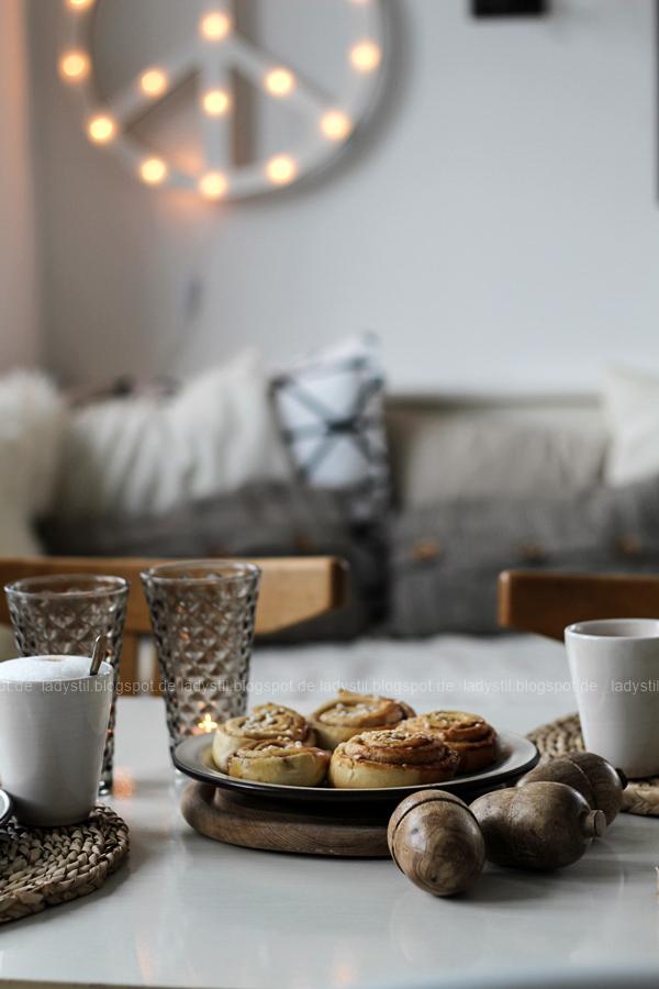 Kanelbullar Zimtschnecken nach einem Original-Rezept aus Schweden,Table Setting Herbst, Tischdeko