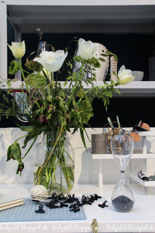 Ambiente 2017 House Doctor Dekorationsartikel, Wohnaccessoires, gläserne Sanduhr