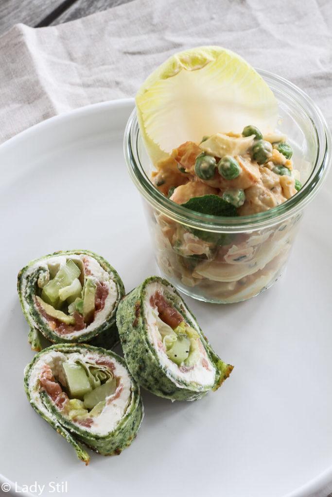 Osterbrunch Rezepte zum VorbereitenPfannkuchenrolle mit Lachs