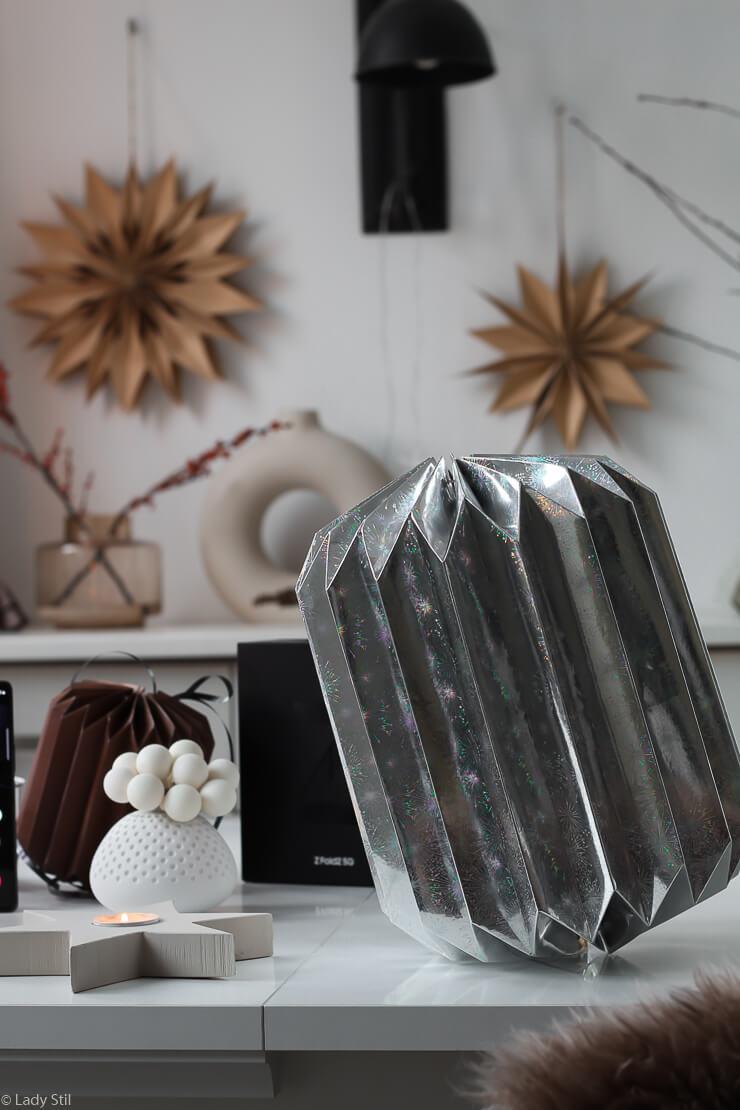 Geschenkverpackung falten Origami