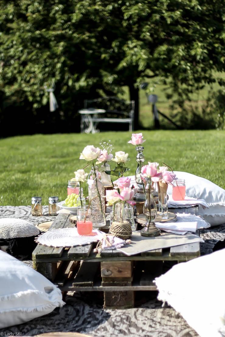DIY Sommerparty Deko mit Avalanche Rosen